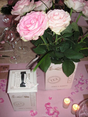 table_rose_f_te_des_m_res_025
