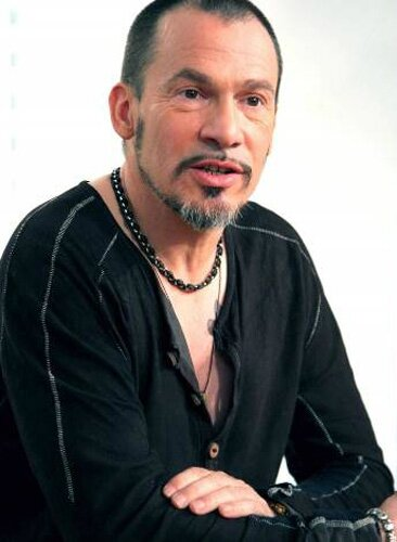 florent pagny habana et une carri re capillaire flash news. Black Bedroom Furniture Sets. Home Design Ideas