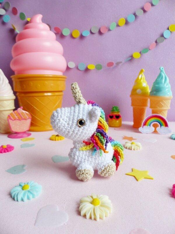 01-diy-licorne-crochet-ahookit-kit-patron