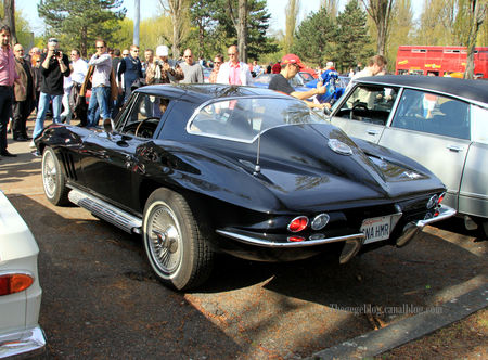 Chevrolet_corvette_sting_ray_coupe__1965_1966__Retrorencard_avril_2011__02