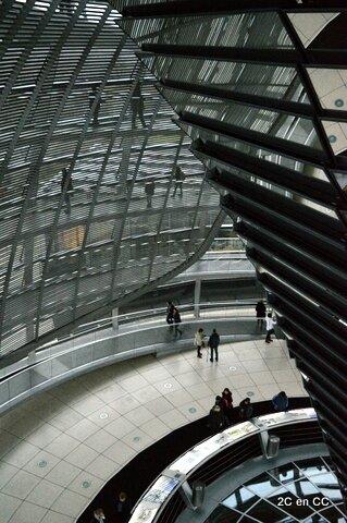 Intérieur de la Coupole - Reichstag - Berlin