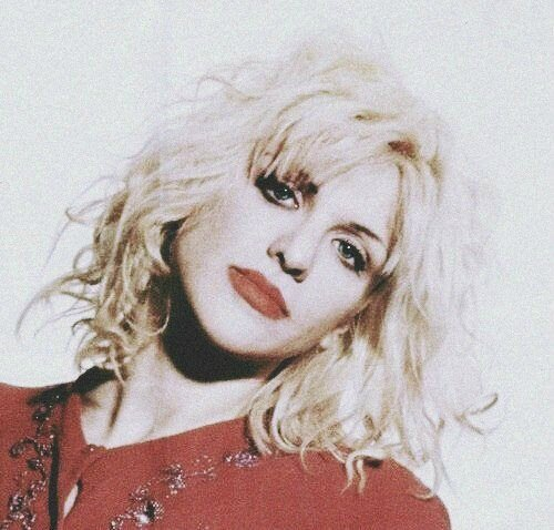 courtney_love-1993-03-29-by_kevin_cummins-1-1aa