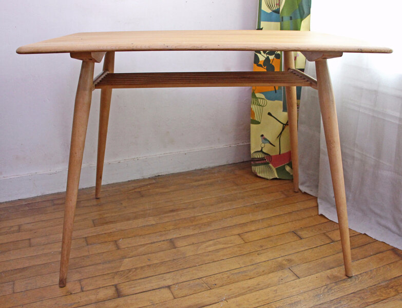 table-de-petit-dejeuner-ercol-vintage-face