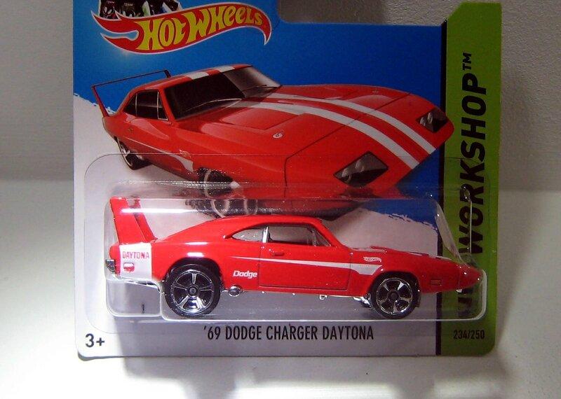 Dodge '69 Dodge charger daytona (2014)(Hotwheels)