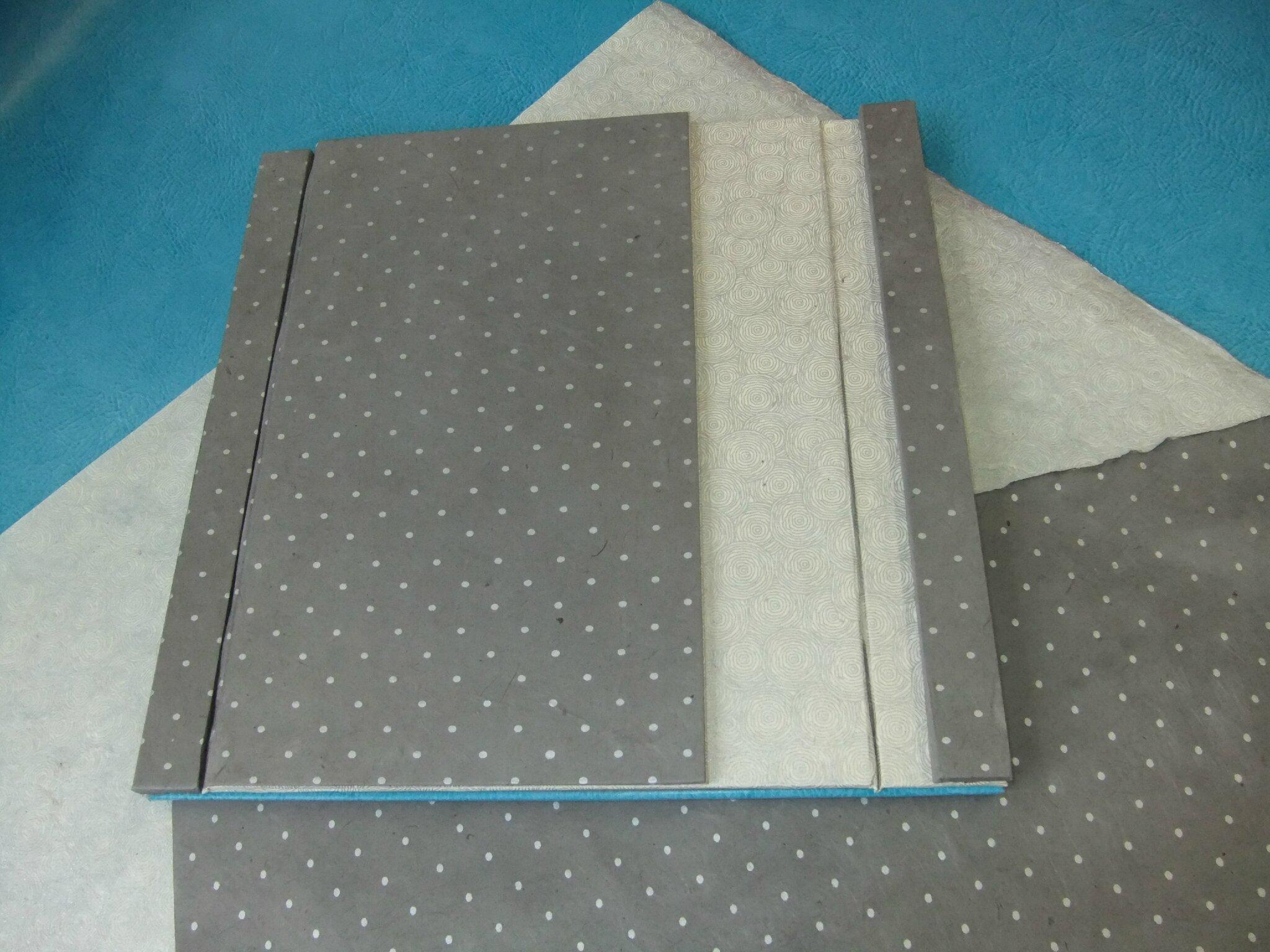 support tablette photo de les cartons cartonnage a l 39 ombre du tilleul. Black Bedroom Furniture Sets. Home Design Ideas