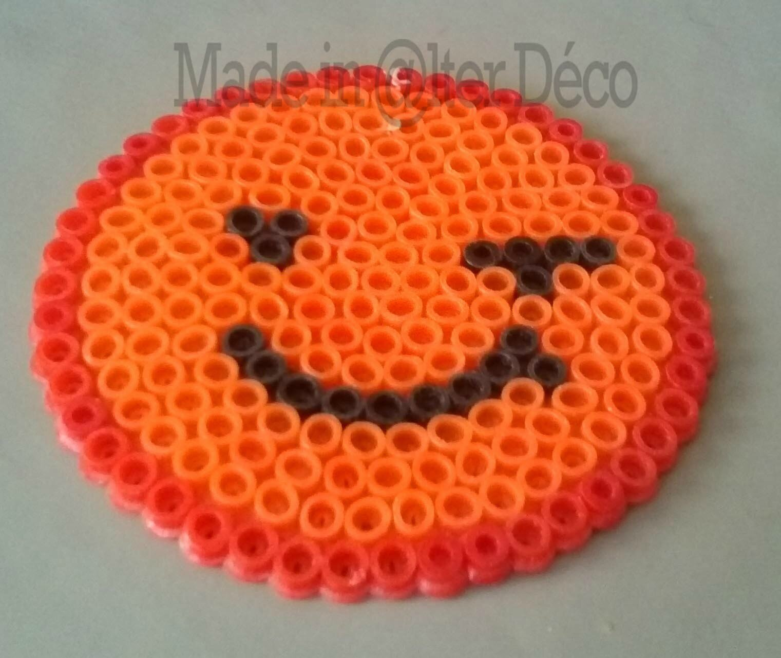 Smiley clin d 39 oeil en perles repasser photo de atelier - Perle a repasser smiley ...
