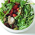 Salade tomates, thon, haricots rouges ...