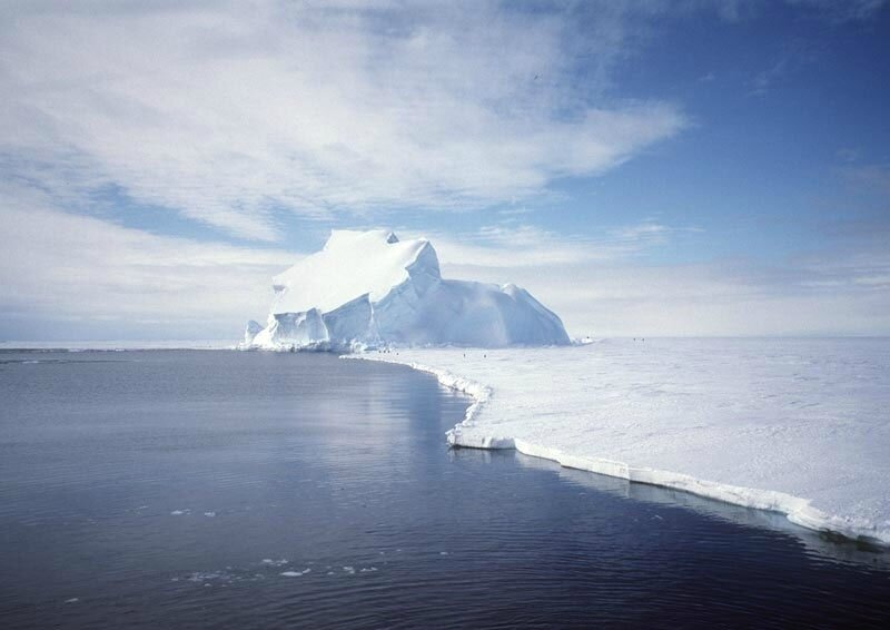 View_of_the_Riiser-Larsen_Ice_Shelf_in_Antarctica