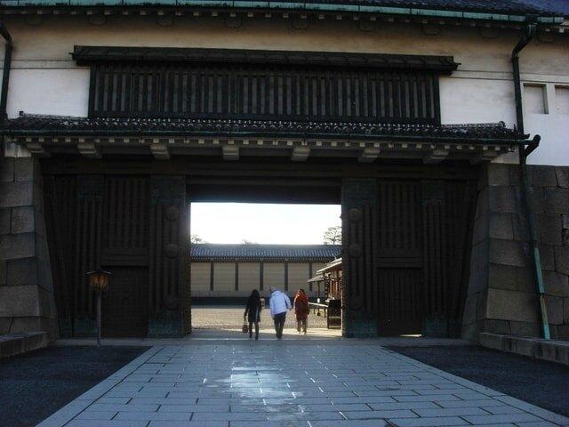 Porte Higashi-ote-mon