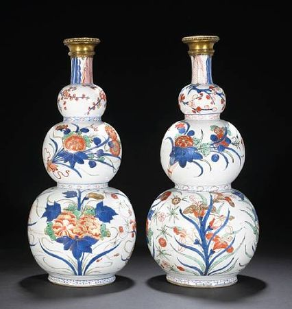 Two__Chinese_Imari__export_porcelain_triple_gourd_vases