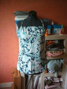 dos_nu_fleurs_040607