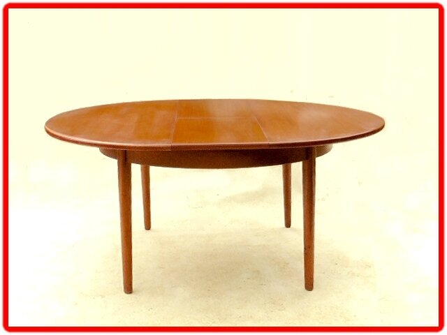 table anglaise design scandinave