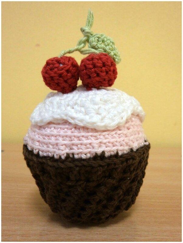 Cupcake au crochet Cam&Drey bricolent