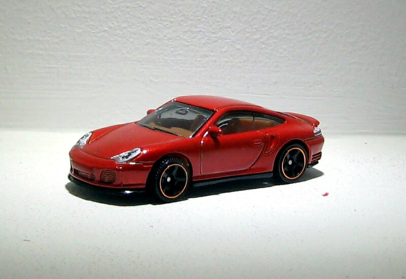 Porsche 911 Turbo (Matchbox) 01