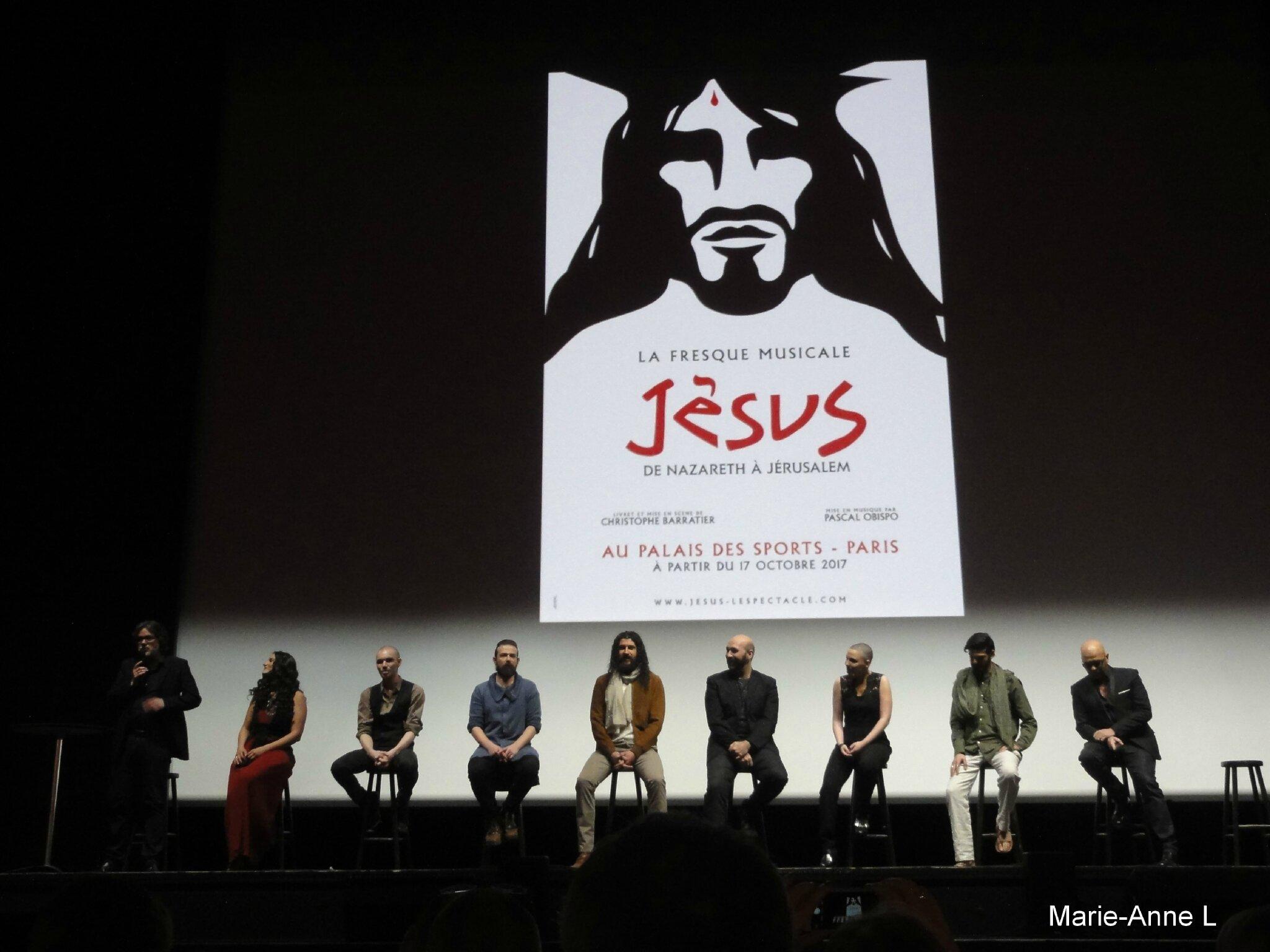 Présentation de la fresque musicale «Jésus, de Nazareth à Jérusalem» à l'Olympia