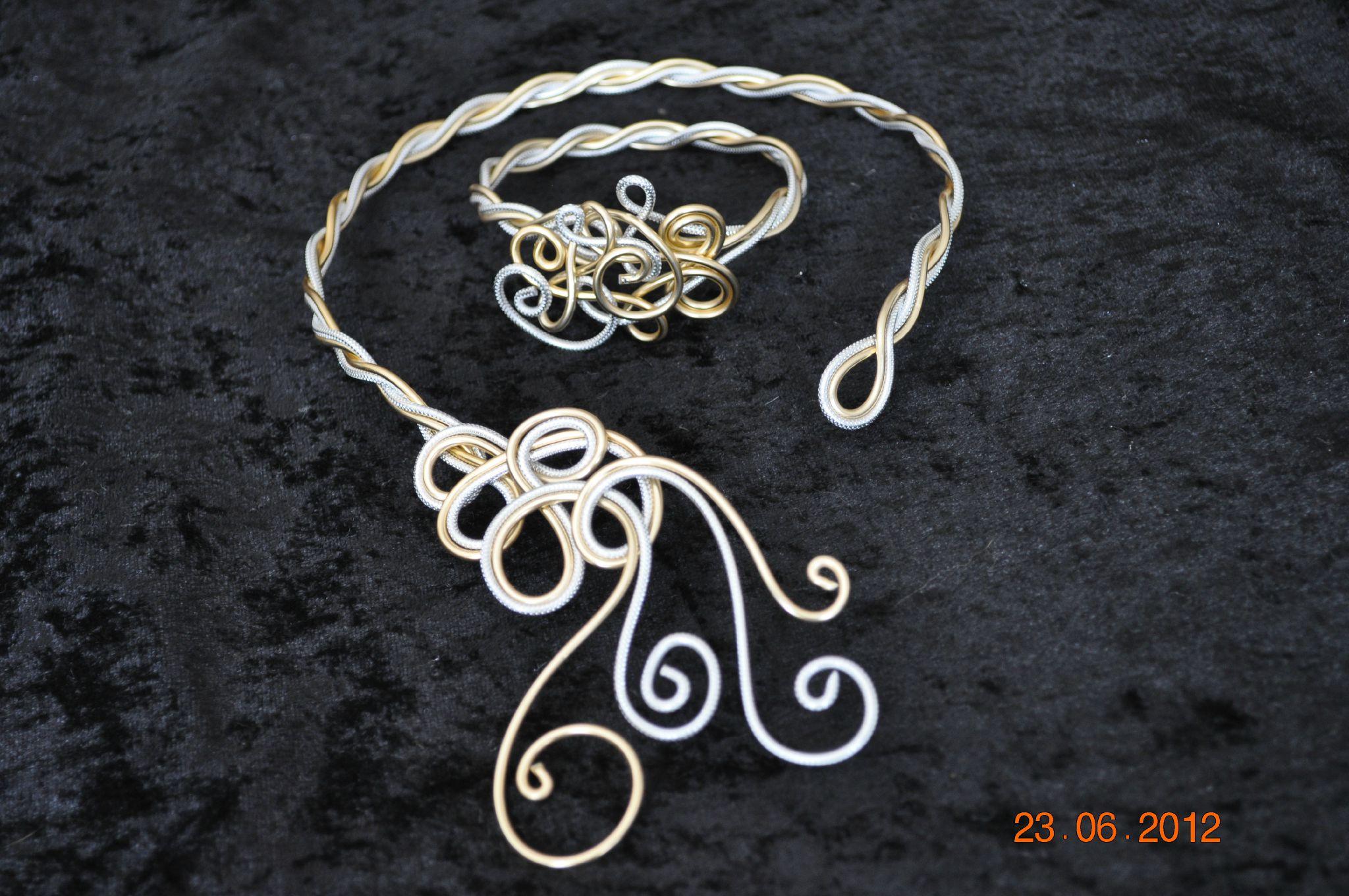 Modele de bracelet en aluminium