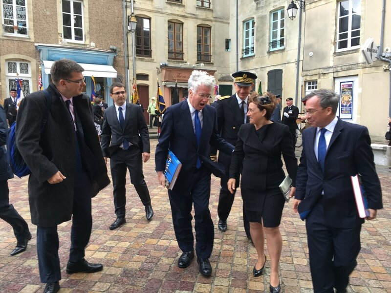 DDAY Bayeux 6 juin 2017 cathedrale Michael Fallon minister defense Isabelle Attard MP depute MP Laurent Fiscus Préfet Calvados