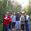 Mélissa en compagnie d'amie lors de leur visite au Paraguay