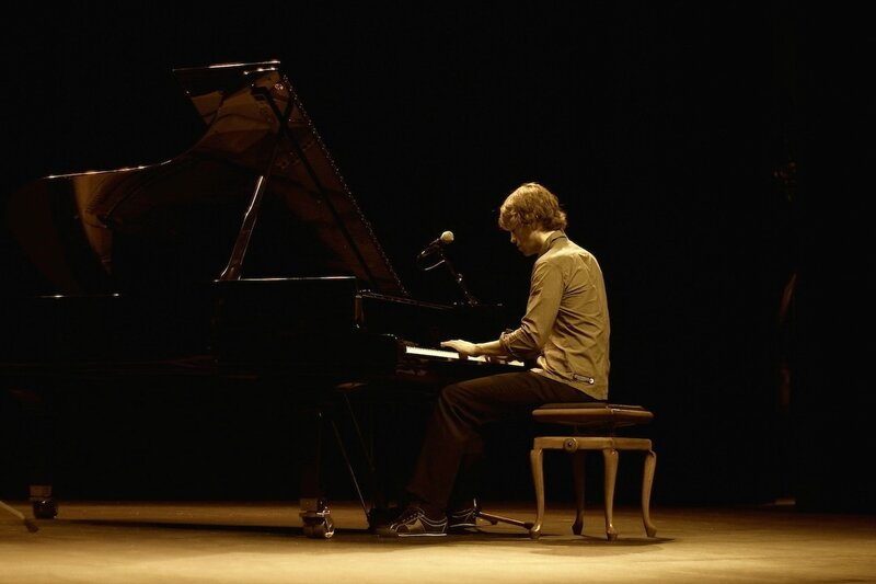 pianiste organiste musiciens pour mariage cérémonie chant d'église chorale NANTES RENNES PARIS ROUEN