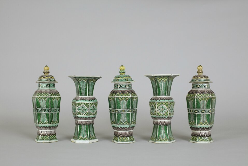 Ground-breaking display on garniture/vase sets on view at the Victoria & Albert Museum