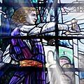 L'excalibur du chevalier galgano et l'histoire arthurienne de winlogee sur la cathédrale porta della pescheria à modène