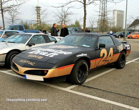 Pontiac trans am coupé (Rencard Burger king avril 2012) 01