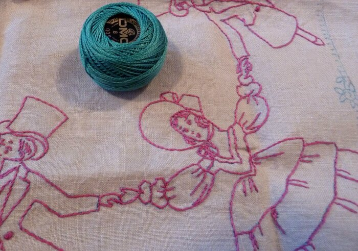 Broderie ancienne fillettes (1)