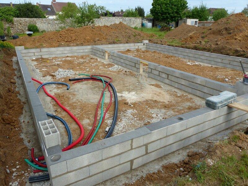 Avant de couler la dalle construction de ma maison rt 2012 - Moi dans ma maison vide ...