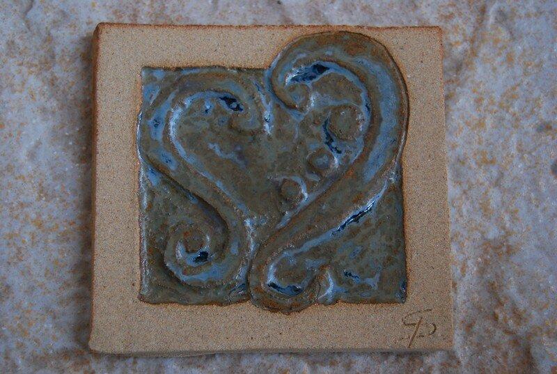 carreau motif coeur : disponible