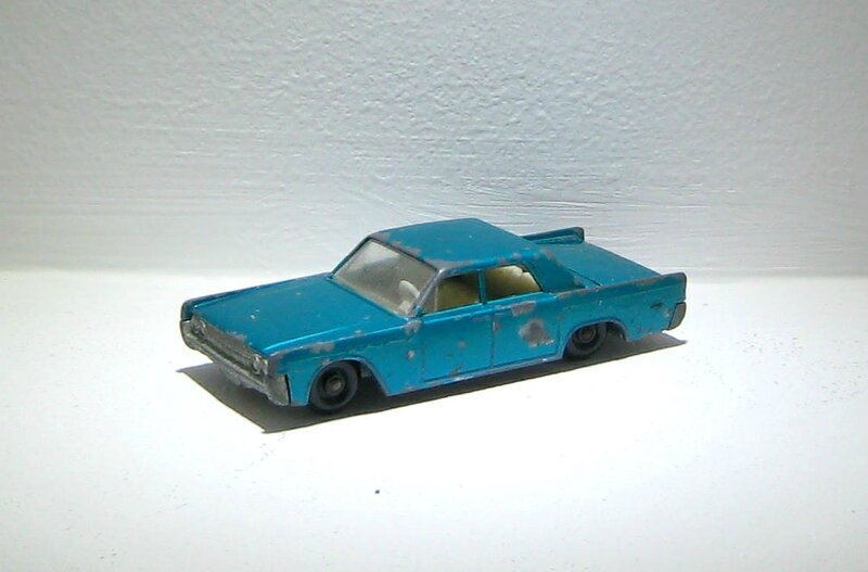 Lincoln continental (ref 31)(Matchbox)