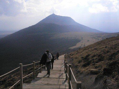 Mont Pariou à l'arrière Puy de Dôme Auvergne