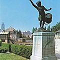 AVESNES-Le Tambour Stroh