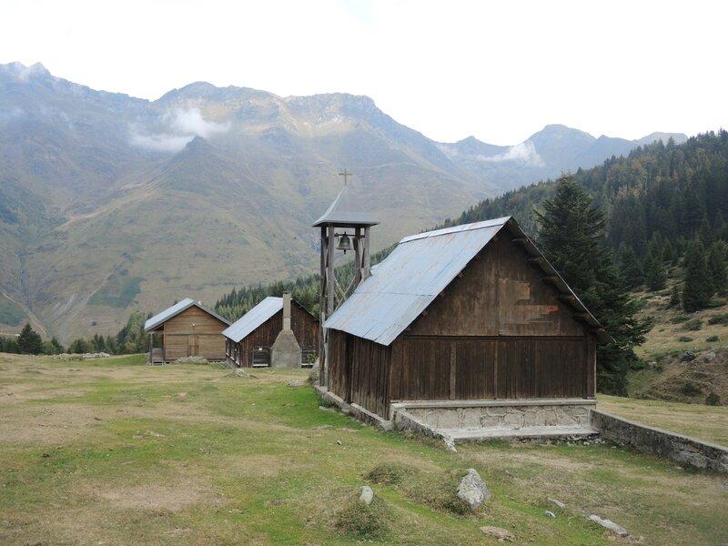 Refuge de la Glère, Camp Bernard Rollot, chapelle (65)