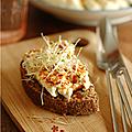 Pour un déjeuner rapide, une tartine chaude prête en 10 minutes !