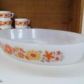 Vaisselle vintage ... grand plat ovale four arcopal * marguerite et tournesol