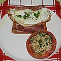 Oeuf frit au jambon et tomate provençale