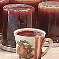 Confiture de fraises et rhubarbe à la vanille !