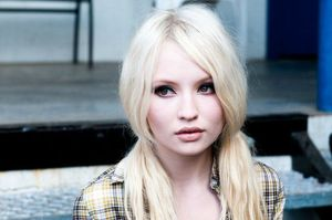Emily-Browning-Sucker-Punch-demolitionvenom-21381180-640-425