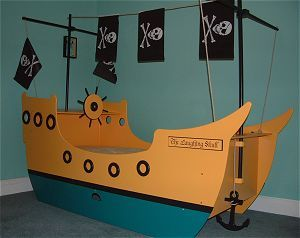 le tour du monde des lits bateau et lits pirate. Black Bedroom Furniture Sets. Home Design Ideas