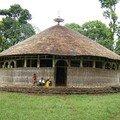 LAC TANA : Les monastères