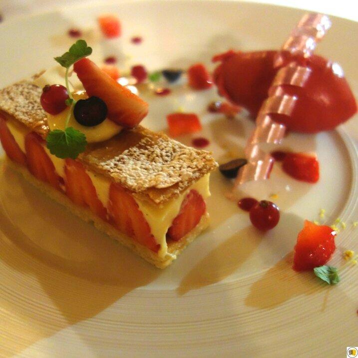 Entremet Fraise, crème pâtissière, diplomate, sorbet fraise (3)