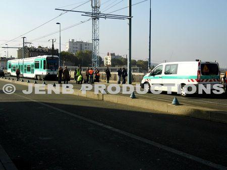 2012 10 25 Noisy-le-Sec Déraillement tramway T1 © JENB Productions (3b)
