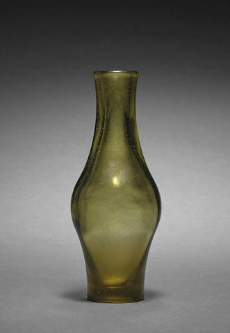 A Peking glass vase, Qianlong four-character mark and of the period