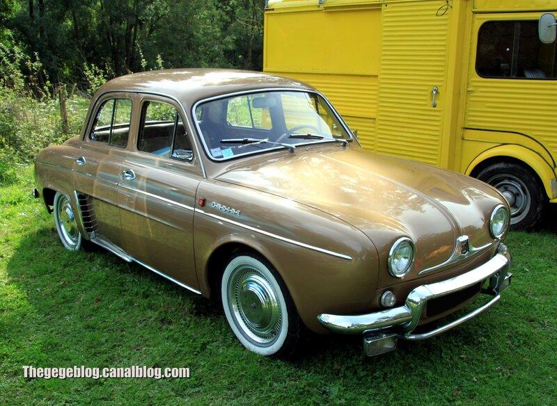 Renault ondine de 1962 (32ème Bourse d'échanges de Lipsheim) 01