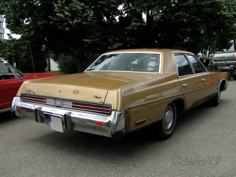 chrysler newport 4door sedan 1977 b