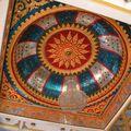 Un détail de plafond dans un temple