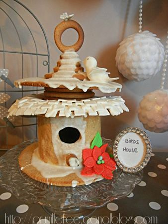 bird house gingerbread cake