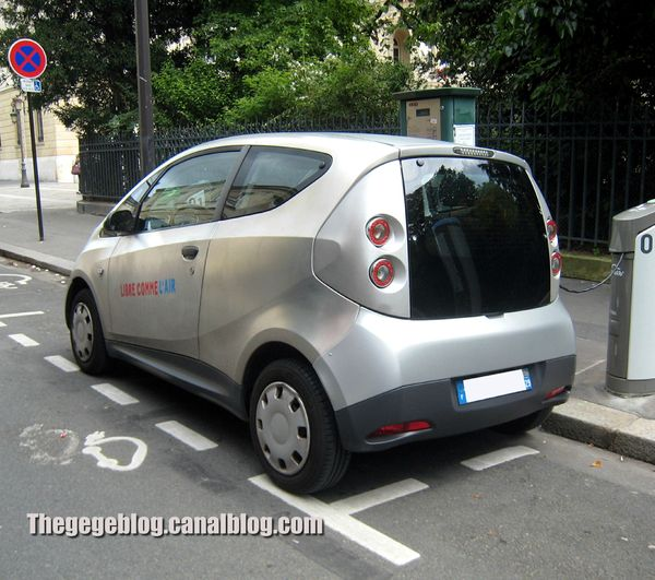 Bluecar by Pininfarina (Autolib)(Paris) 02