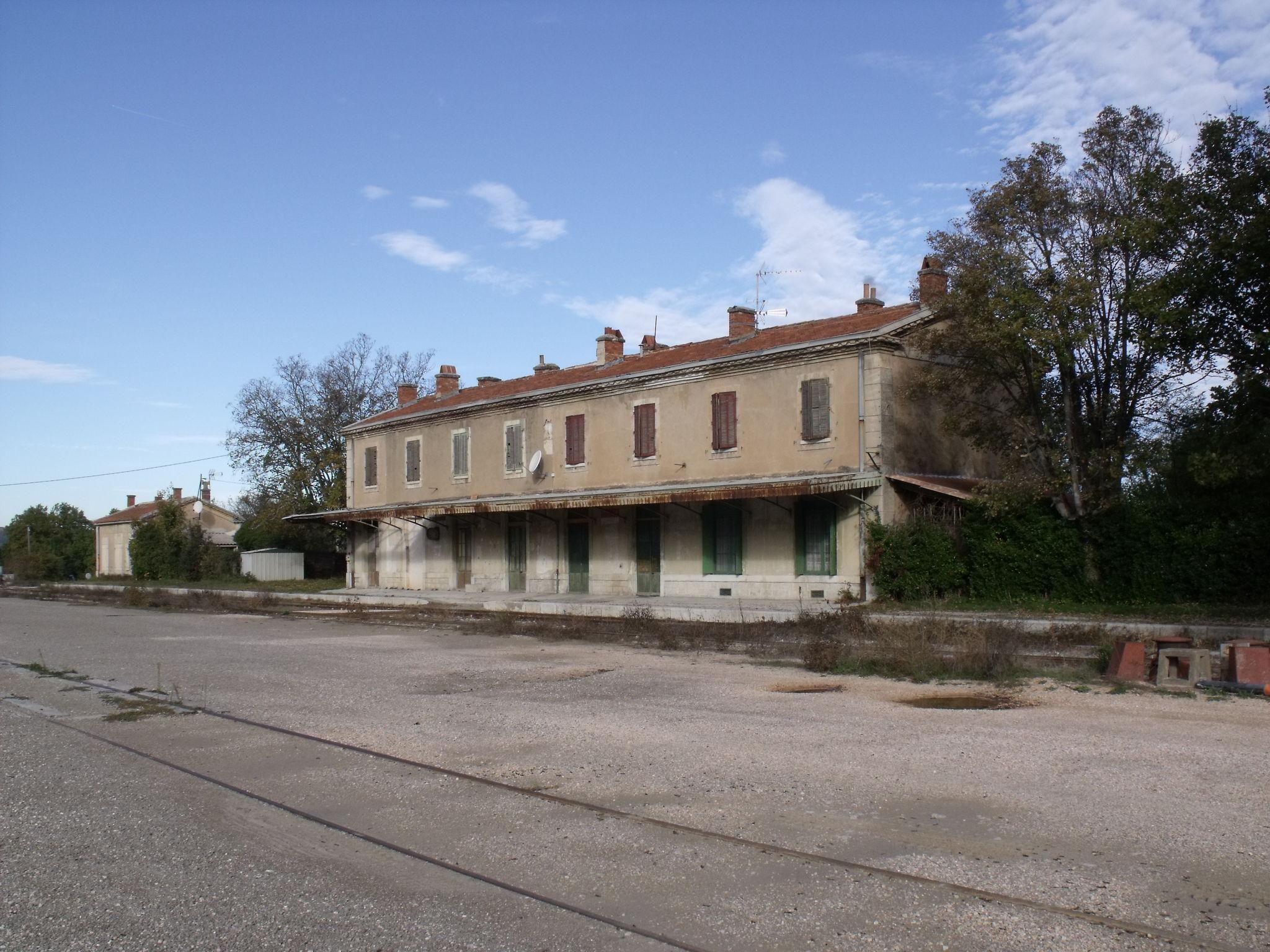 La Barque-Fuveau (Bouches-du-Rhône - 13) 2