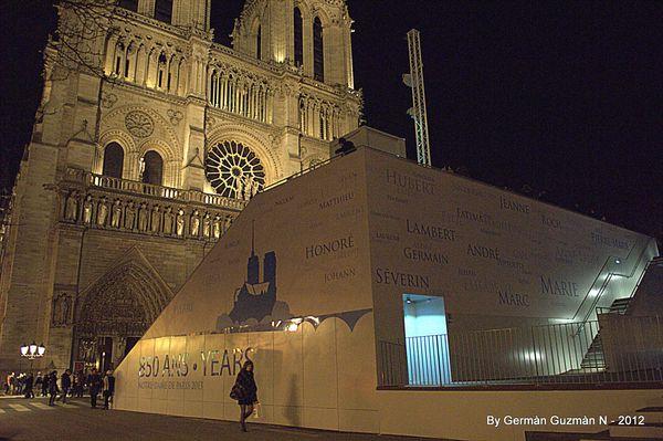 Notre Dame 850 156